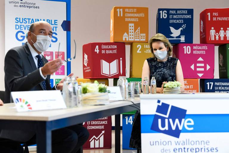 """""""Le greenwashing n'est plus une option"""": l'UWE réunit la Reine Mathilde et les entreprises pour aller plus loin dans le développement durable"""