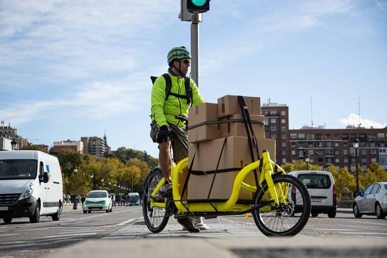 Les entreprises bruxelloises qui veulent acheter un vélo-cargo auront jusqu'à 4 000 euros de prime