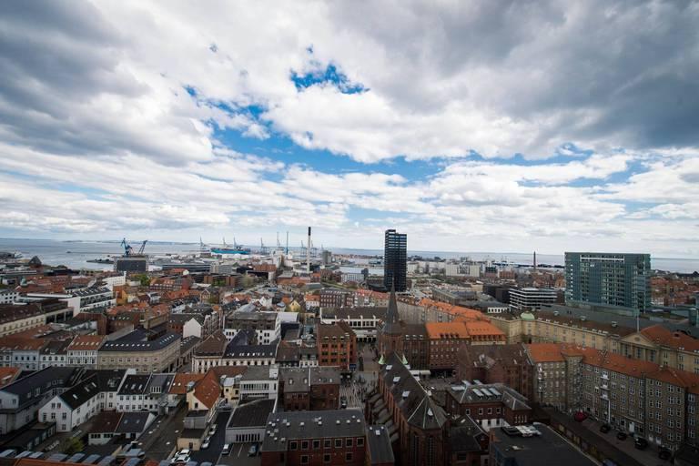 Danemark : rare procès d'une ex-ministre pour avoir séparé des couples d'immigrés
