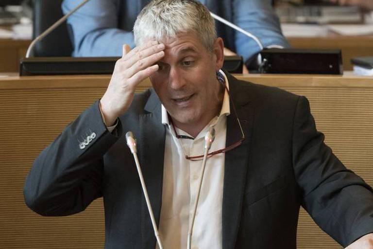 Publifin: Furlan va-t-il sauver sa tête face au Parlement wallon? Réponse cet après-midi (ANALYSE)