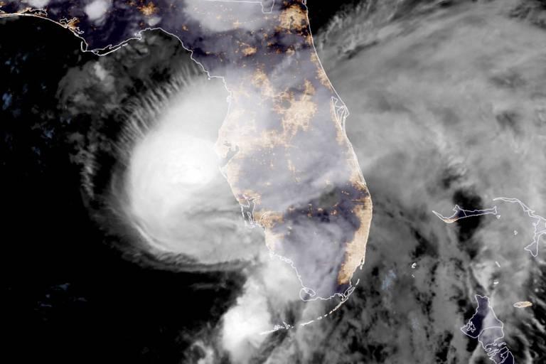 La tempête Elsa se transforme en ouragan et s'apprête à atteindre la Floride