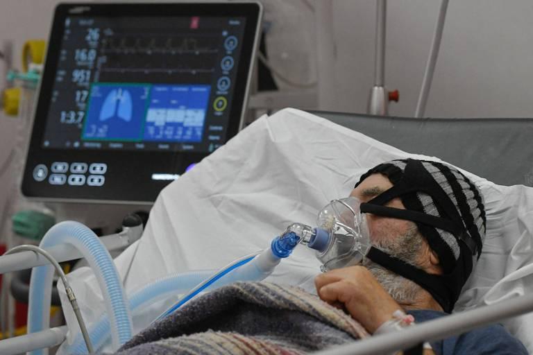 Coronavirus dans le monde: plus de 4,8 millions de morts, fin de l'état d'urgence à La Réunion