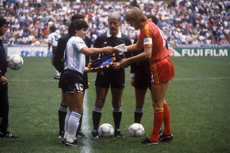 """Les Belges chambrent encore les Français: """"Et si on rejouait le match face à l'Argentine du Mondial 86?"""""""