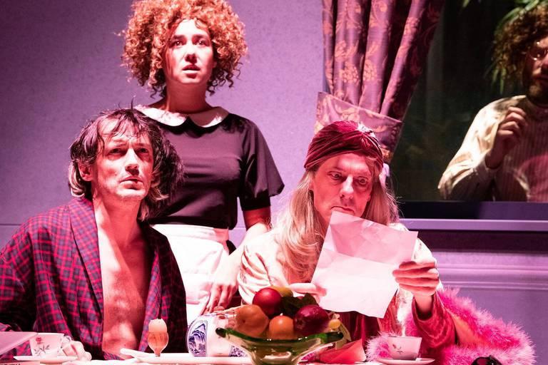"""La Salade"", vaudeville tchekhovien"