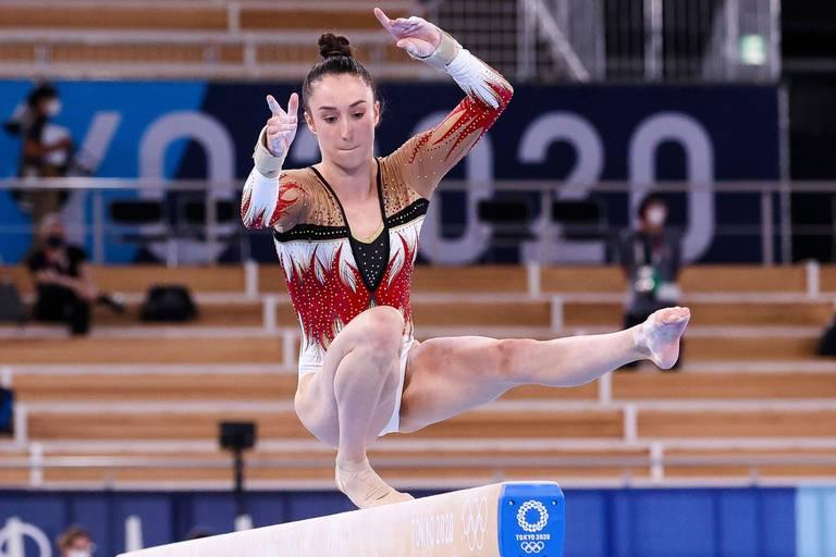 Gymnastique : Sunisa Lee succède à Simone Biles au concours général, Nina Derwael termine 6e