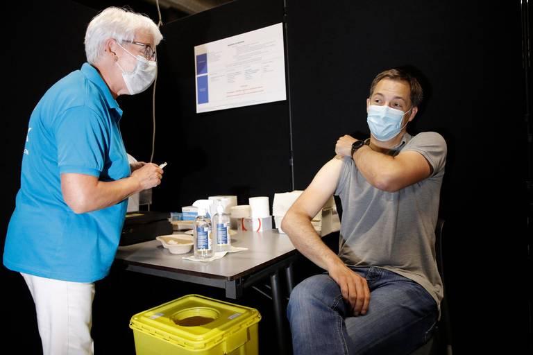 Vaccin obligatoire: qui en veut, qui n'en veut pas ? Nos partis sont divisés
