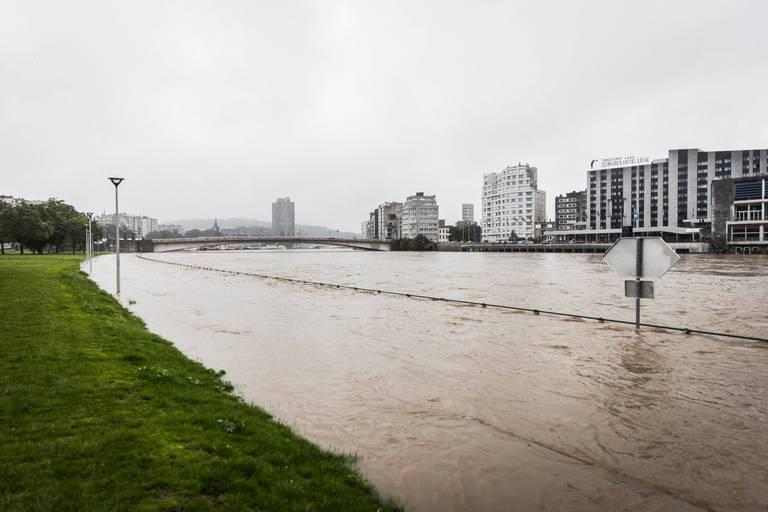 Intempéries: les sinistrés auront droit à une réduction de 55 euros sur leur prochaine facture d'eau