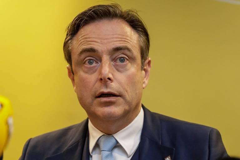 """Bart De Wever: """"Mieux vaut des élections anticipées"""""""