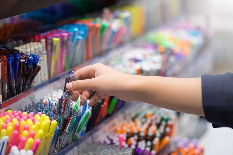 Fournitures et rentrée scolaire: quelles sont les nouvelles habitudes de consommation ?