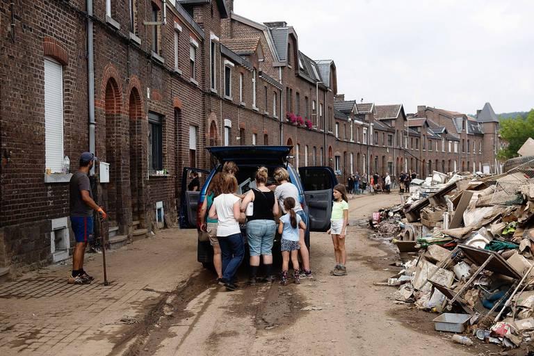 Les bénévoles désireux d'aider au nettoyage disposent désormais d'un point de contact