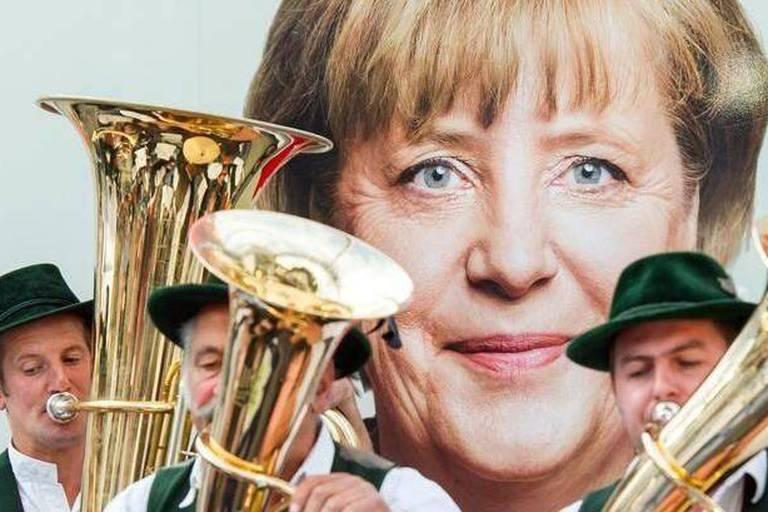 Élections allemandes: la CSU devrait récupérer la majorité absolue en Bavière
