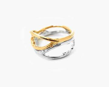 Isabelle Lenfant, bagues en argent ou en or rose, 190€.