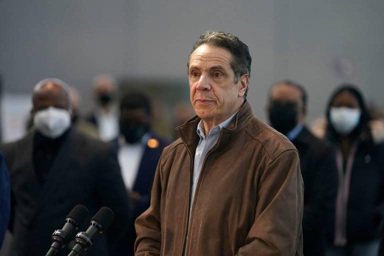 De héros à pestiféré : la descente aux enfers du gouverneur de New York, menacé de destitution