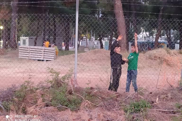 """Pour les réfugiés de Grèce, des murs plutôt que l'intégration : """"Le but est de décourager les futurs candidats à l'exil"""""""