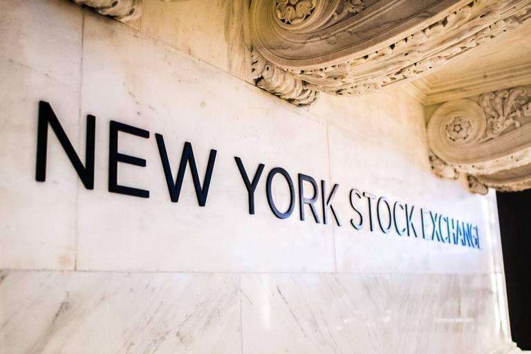 Wall Street hésite à l'ouverture, le marché tourné vers Jackson Hole