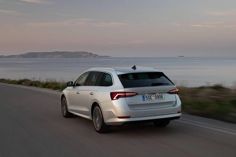 Pénurie de semi-conducteurs: 100.000 Skoda en moins cette année