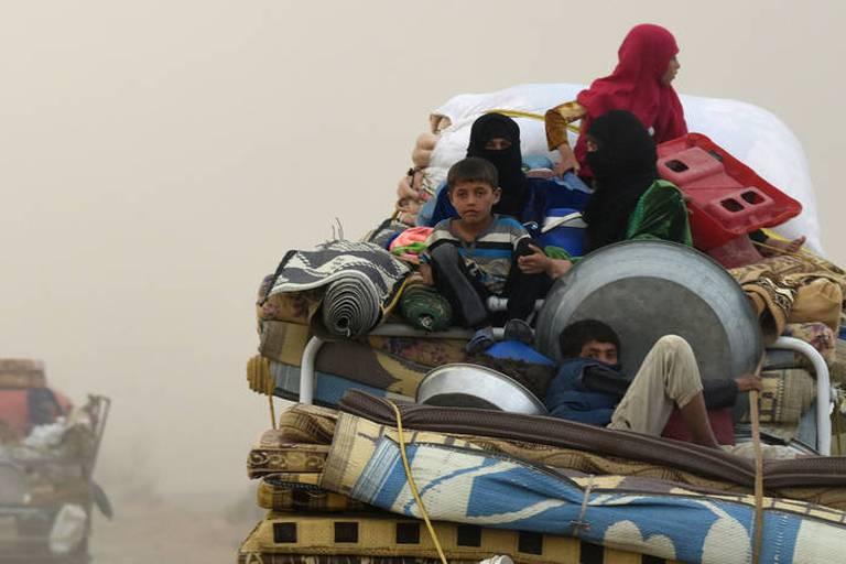 Syrie: Des raids de la coalition ont tué 84 civils en mars près de Raqa