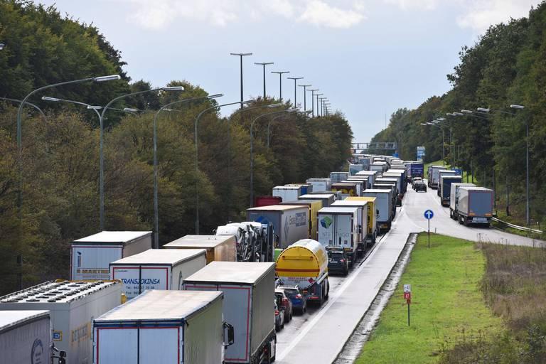 Départs en vacances: le prochain week-end s'annonce rouge sur les routes belges