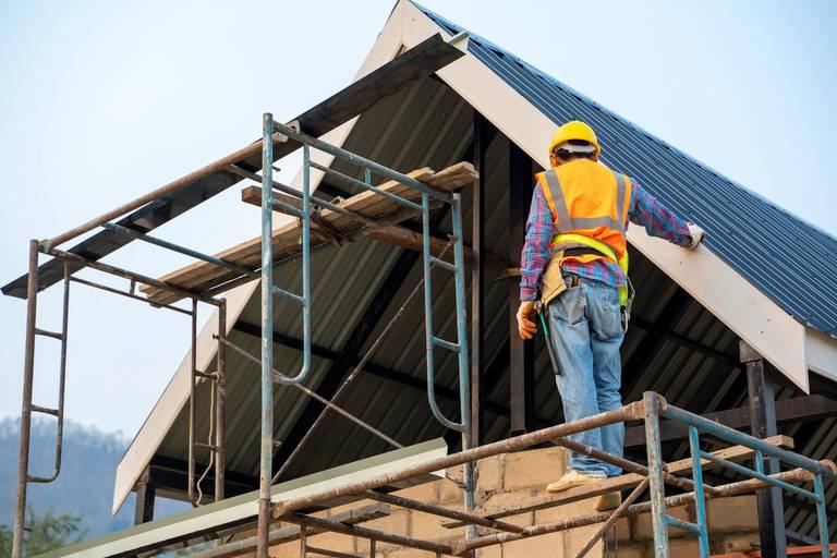 """Plus de 2 000 emplois vacants dans le domaine de la construction en Wallonie : le Forem lance des """"Super-Jobdays"""""""