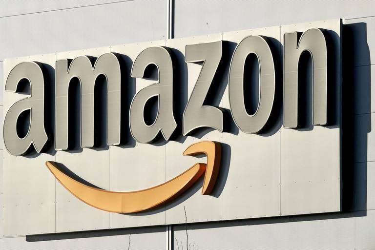 Amazon crée une technologie pour la distanciation au travail