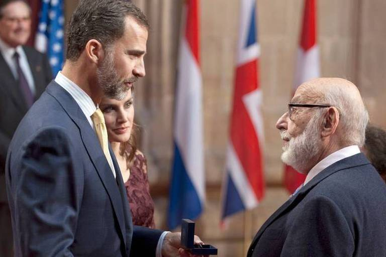 François Englert, Peter Higgs et le CERN reçoivent le prix Prince des Asturies