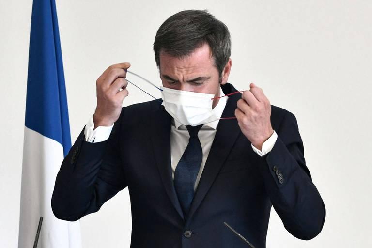 """""""Avec ce rappel-là, vous serez armé pour les mois à venir"""" : La campagne de la 3ème dose de vaccin anti-Covid est lancée en France"""