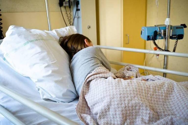 Euthanasie: l'extension aux mineurs est adoptée