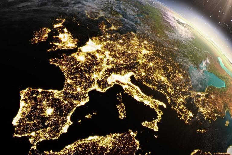 """""""L'économie de la zone euro croît à un rythme jamais vu depuis 15 ans"""""""