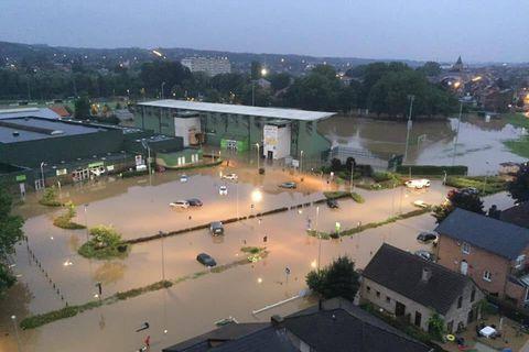 Centre sportif de Wavre inondé: stages et entraînements suspendus pour encore des semaines