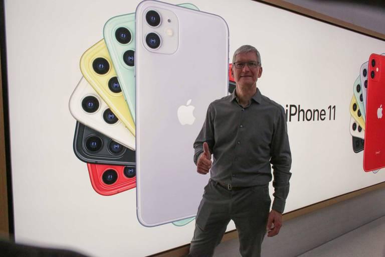 Une stratégie à long terme où l'iPhone garde une place indispensable, à peine grignotée par l'Apple Watch