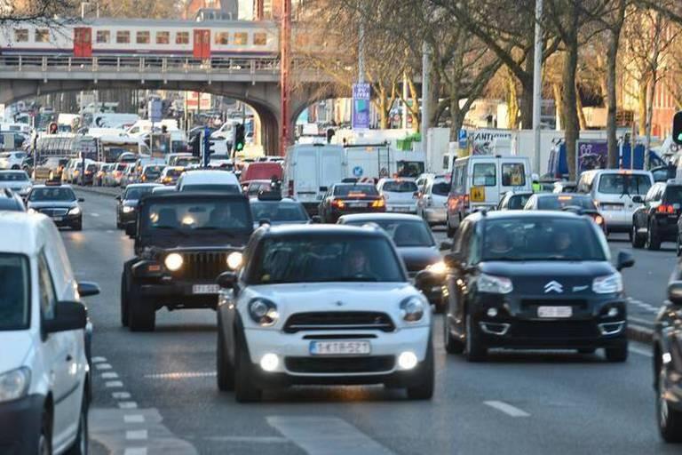 Tunnels fermés, RER en rade, bouchons en hausse...: les patrons belges lancent des pistes de solutions