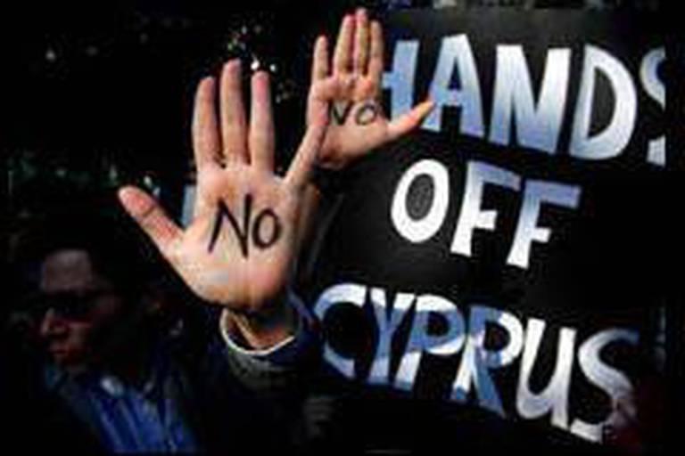 Chypre: la zone euro prête à discuter d'une nouvelle proposition