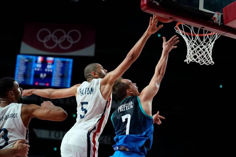 JO-2020: les basketteurs français en finale contre les Etats-Unis et assurés d'une médaille