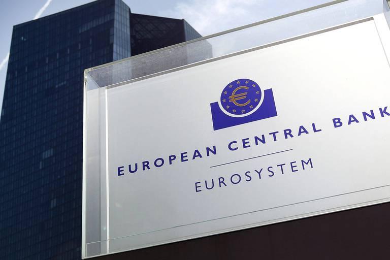 BCE: l'euro atteint un plus bas depuis mai 2017 face au dollar