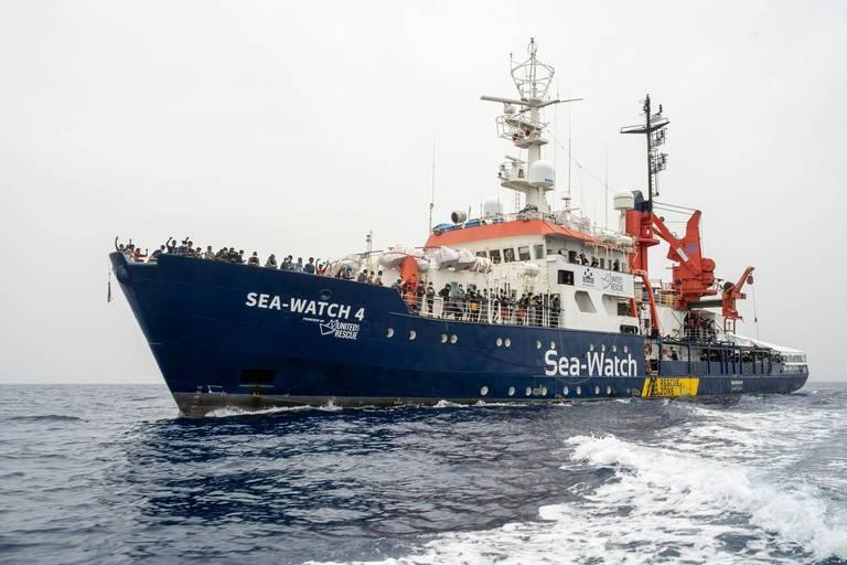 Une centaine de migrants sauvés en mer par l'organisation Sea-Watch