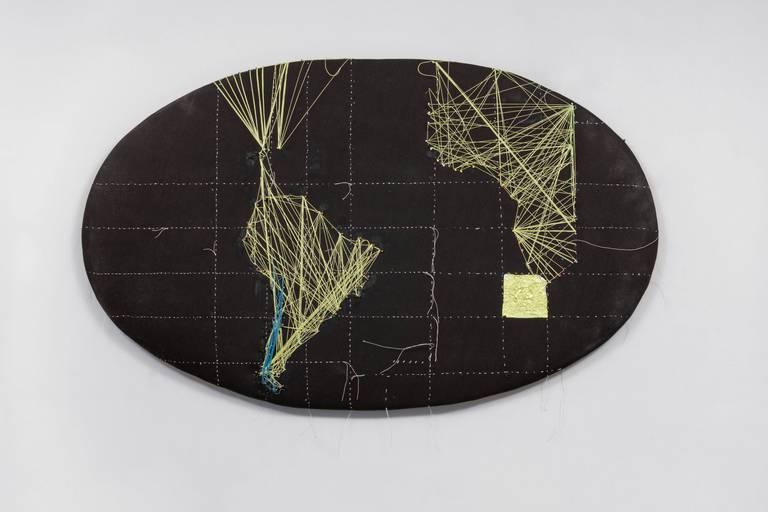 Anna Bella Geiger: cartes avec l'Afrique, 2014, fils et feuille d'or