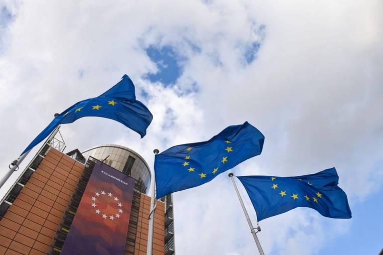 Reports, télétravail: les institutions de l'Union européenne vont tourner au ralenti à cause du coronavirus
