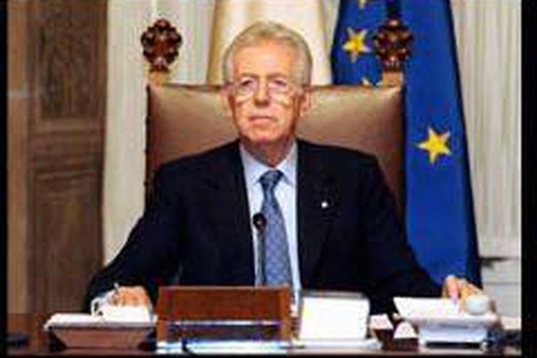 Italie: le gouvernement Monti obtient la confiance du Sénat