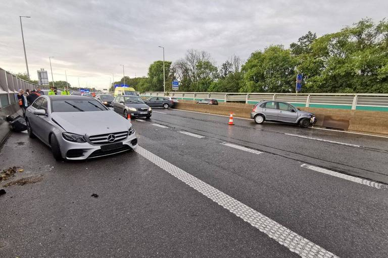Impressionnant accident sur l'A54 dans le sens Nivelles vers Charleroi