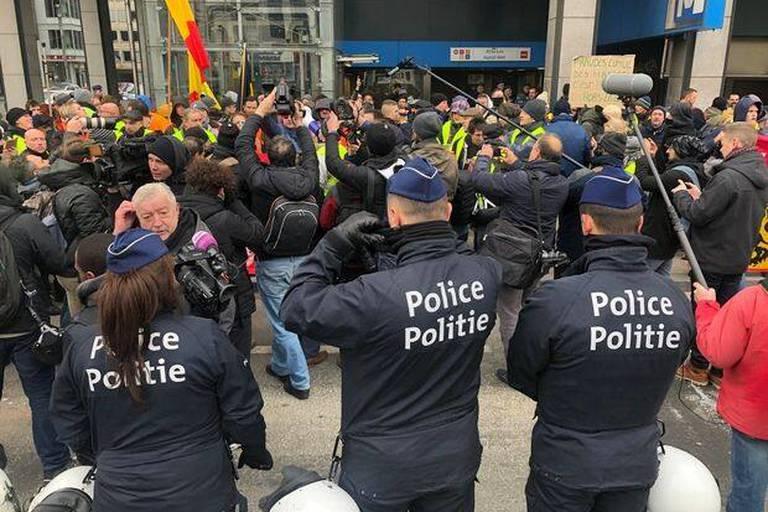 """Les raisons du flop de la manifestations des """"gilets jaunes"""" à Bruxelles"""