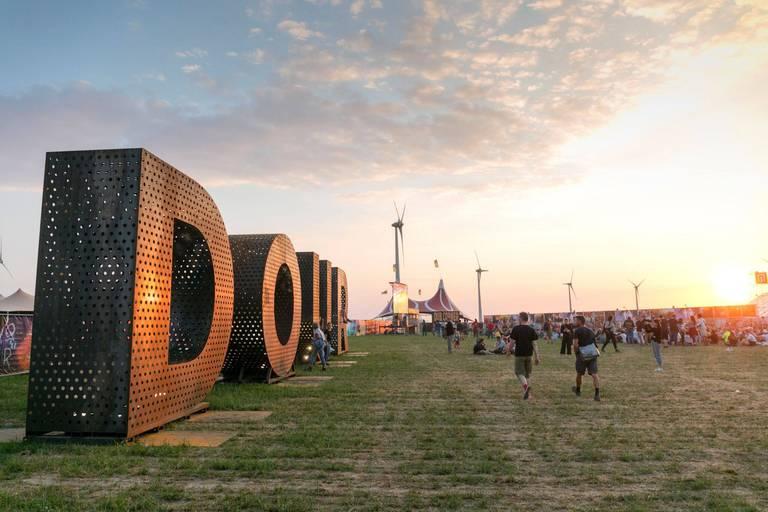 """""""On savait très bien qu'il n'y allait pas avoir Dour cette année"""": pas de festivals en juillet, un espoir pour Tomorrowland et Pukkelpop"""